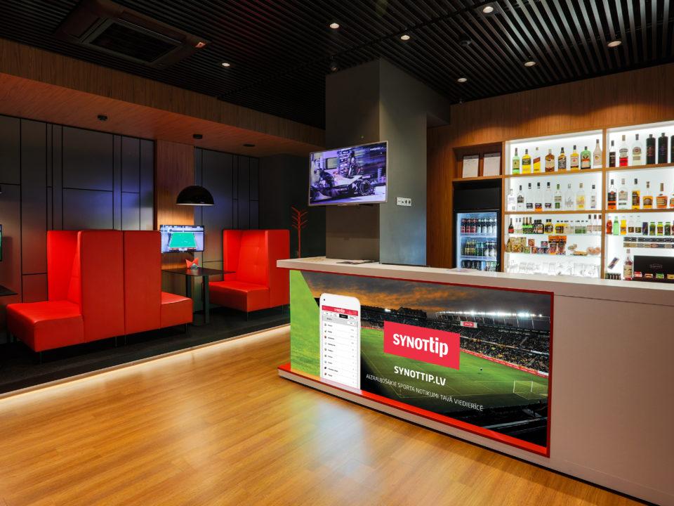Career in sport bars–gaming halls