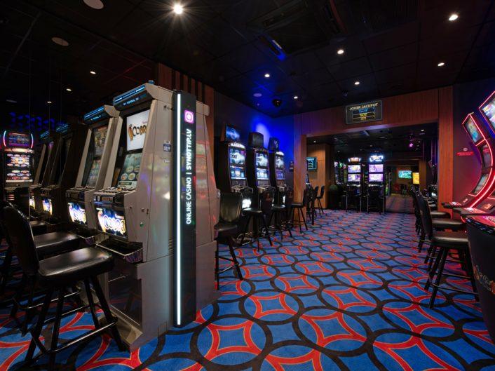 спортивный бар и игровые автоматы Kastrānes iela 3a