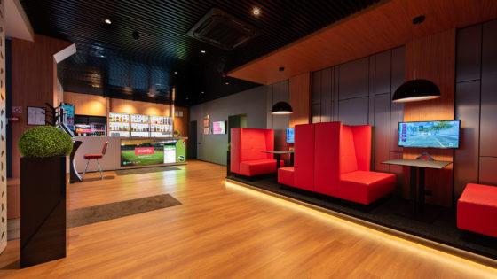 Pilnībā renovēts Synottip sporta bārs un Joker spēļu zāle – Jelgavā, Zemgales prospektā 10
